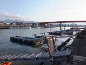 神社港と一色大橋
