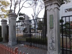 旧制神戸中学校正門(三重県立神戸高等学校)