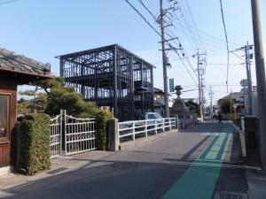 幸橋(六郷川)・常夜燈、伊勢-2(910)