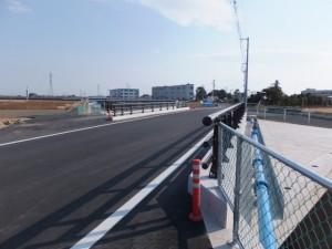 金沢川に架かる橋、伊勢-2(2050)