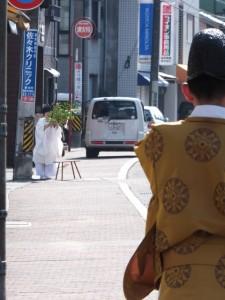 町内巡回(世木神社の御頭神事)