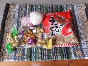 楠部町萬歳楽 餅まき(櫲樟尾神社)で頂いた品々
