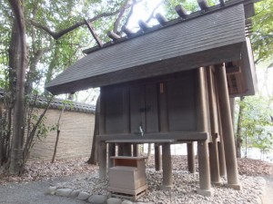 (14)信長塀と東八百萬神社(熱田神宮)