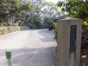 熱田神宮神楽堂の門