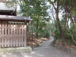 (36)南新宮社から(42)孫若御子神社への小径(熱田神宮)