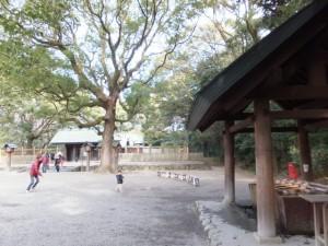 (02)別宮八剣宮と手水舎(熱田神宮)