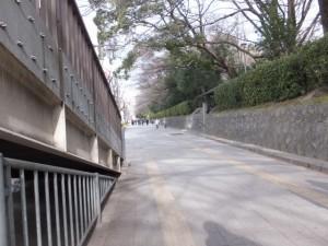 西門(熱田神宮)から地下鉄 神宮西駅方向へ