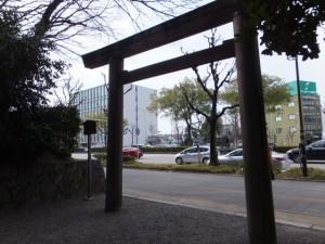 (46)下知我麻神社(熱田神宮)から望む伏見通り