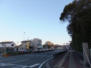 熊野古道伊勢路 起点の道標(新宮まで166km)付近