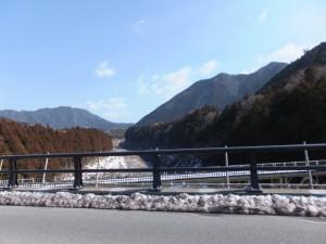 船木大橋から望む船木橋と三瀬の渡し方向