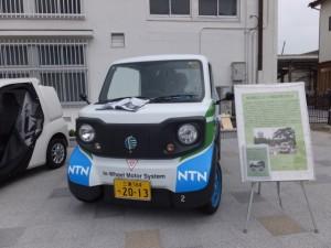 伊勢市が導入した超小型モビリティ(NTNより無償貸与)