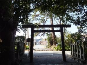 御塩殿神社の参道から風景