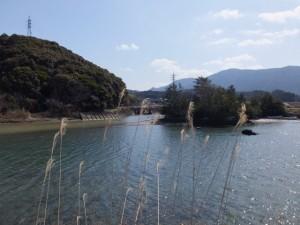 朝熊神社、朝熊川、鏡宮神社、五十鈴川(五十鈴川左岸堤防より)