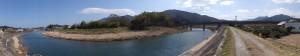 五十鈴川左岸(五十鈴川左岸からの風景(五十鈴橋〜近鉄鳥羽線の高架橋)