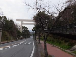 倭姫前交差点から近鉄五十鈴川駅へ(御幸道路)