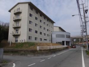 皇學館会館(近鉄五十鈴川駅から大五輪の五輪塔へ)