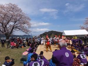大山祗神社 奉納「獅子と天狗の舞」披露舞(城山公園)