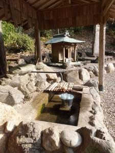 咳の谷の水(咳の谷公園)