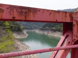 宮川ウォーク、新大杉橋から望む宮川貯水池