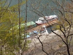 宮川貯水池の観光船乗船場(宮川ウォーク、新大杉橋〜大杉谷自然の家)