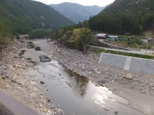 宮川ウォーク、持山橋からの眺望