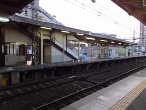 早朝の近鉄 松阪駅
