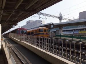 近鉄 橿原神宮前駅 2番ホーム