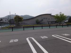 二見総合駐車場と伊勢市二見生涯学習センター