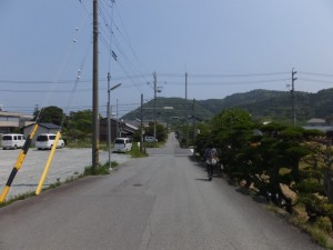 日の出橋(五十鈴川派川)を渡り、神前神社へ