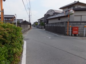 斎宮歴史博物館前から神服織機殿神社へ(県道707号線)