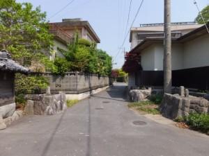 織殿神社付近の山神(多気郡明和町)