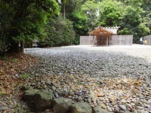 神麻続機殿神社、末社八所