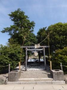高向大社の近くにあるコドノ社(伊勢市御薗町)