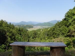夕日ケ丘展望台(近長谷寺からの林道、長谷の車田へ)