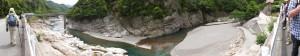 左岸から望む宮川(宮川上流漁業協同組合〜滝水橋)