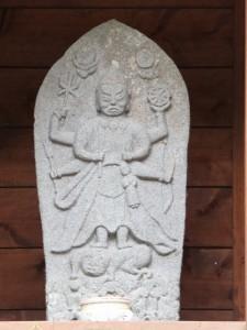 落滝の庚申さん(きらら出合の案内板〜新春日谷橋)