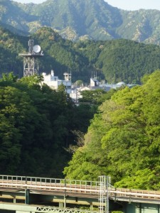 JR紀勢本線 宮川橋梁と大台町役場方向の遠望