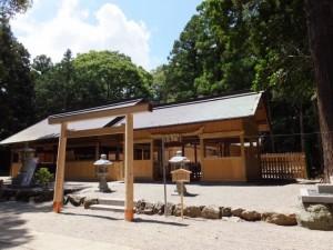 佐那神社と祖霊社(多気町仁田)