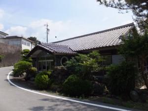 宮川の左岸、船木橋の辺りに建つ旧旅館
