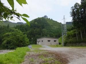 長発電所建屋、送電線(大台町長ヶ)