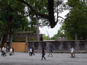 古殿地から姿を消した旧宮の御正殿(外宮)