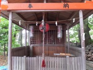 三吉稲荷神社(世木神社)