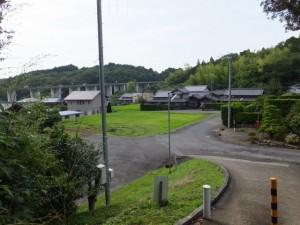 阿坂城(白米城)跡への登り口付近(松阪市大阿坂町)