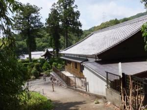 浄眼寺付近、阿坂城(白米城)跡への登り口へ戻る(松阪市大阿坂町)
