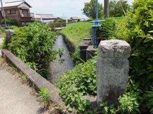 阿射加神社前の橋(松阪市大阿坂町)
