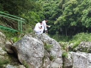 水戸神神社のおんべまつり 鮎占い神事(大滝峡)