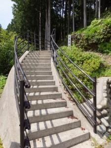 秋葉神社の参道入口(大紀町打見)