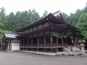 行満堂神霊殿(椿大神社)