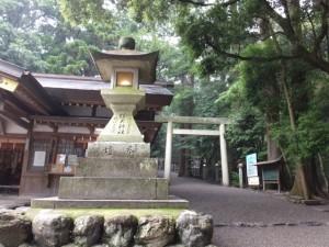 参道入口付近(椿大神社)