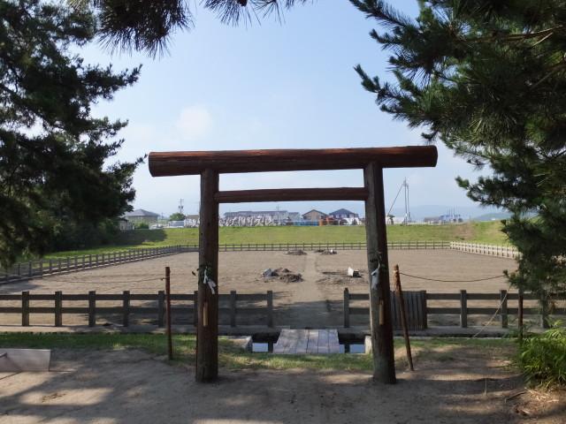 採鹹作業が開始された御塩浜(伊勢市二見町西)